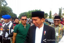 Jokowi: Dana PKH-KIP harus digunakan sesuai pemanfaatannya
