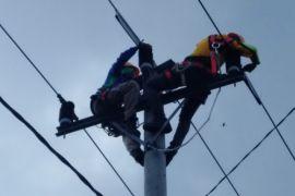 Musim Baratan, pasokan listrik Karimunjawa dijamin aman