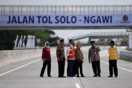 Tol Jakarta-Surabaya tersambung, diresmikan pada 20 Desember
