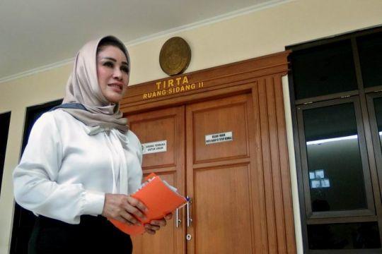 Sidang perdana Siti Mashita