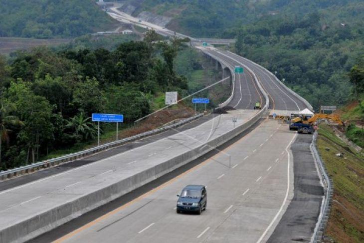Trans-Java Toll Road Project to Be Completed by 2018