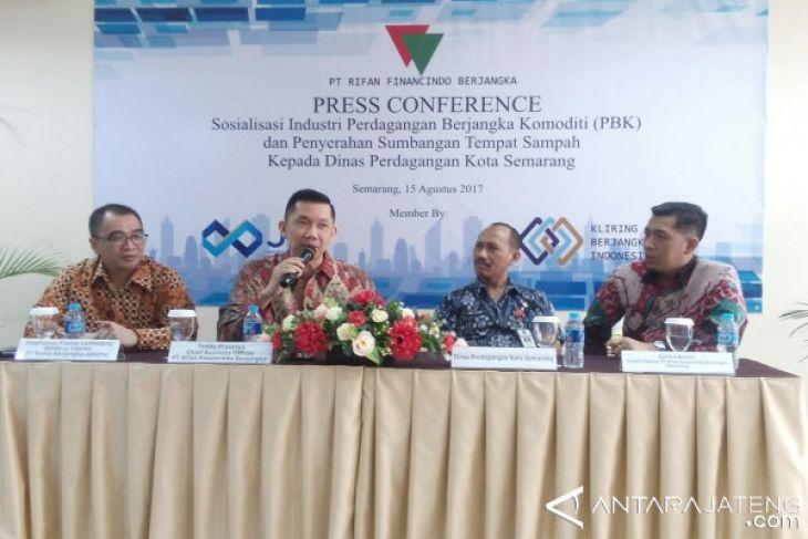 Rifan Financindo Prihatin Maraknya Investasi Bodong