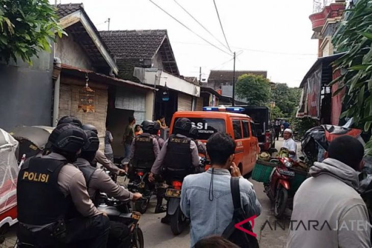 Police arrest alleged terrorists in Solo and Karanganyar