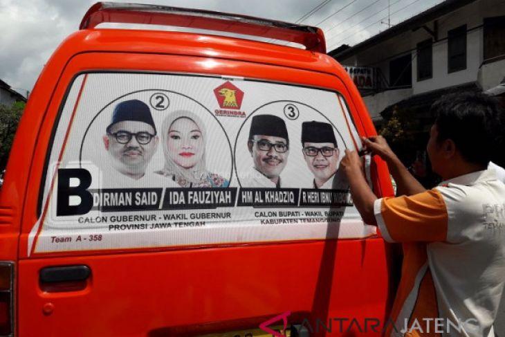 Panwaskab Temanggung copot APK di angkutan umum