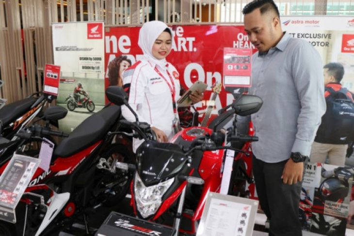 Penjualan sepeda motor surut, Honda CB150R malah laris