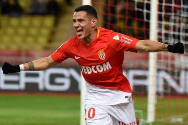 Dibekuk PSG, Monaco kembalikan uang tiket suporter
