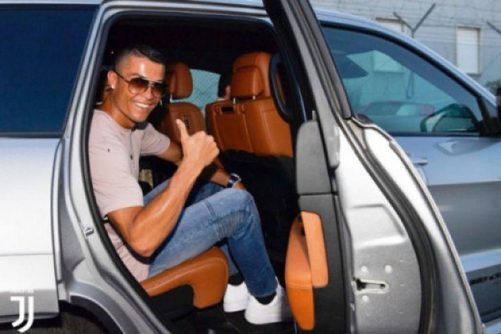 Ronaldo sudah pertimbangkan masak-masak gabung ke Juventus