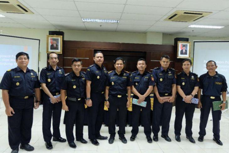 Sembilan pejabat Bea Cukai jalani mutasi
