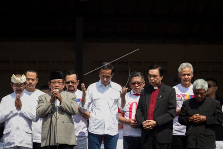 Jokowi: Doa bersama karena Indonesia sedang berduka