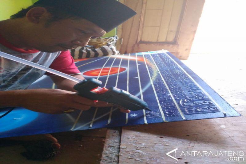 Kaligrafi Bandungan Tembus Pasar Luar Jawa