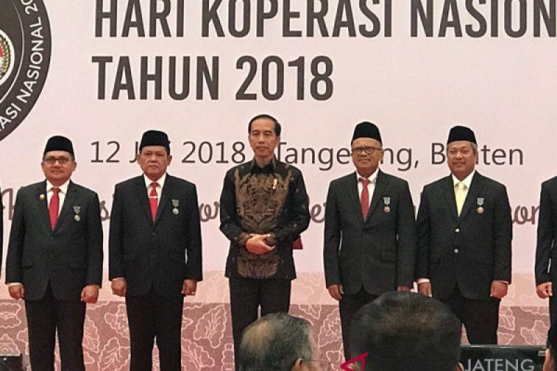 Ketua Umum Kospin raiih penghargaan Satya Lancana