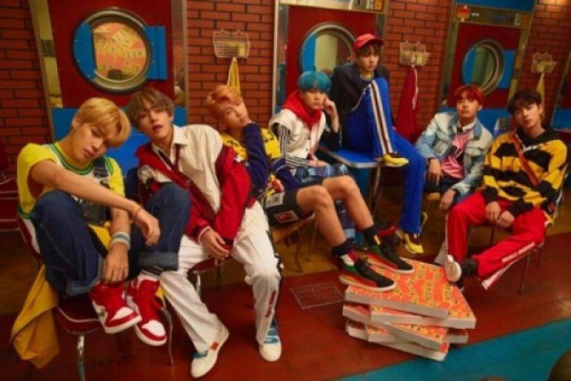 BTS bertahan di posisi 47 tangga musik Billboard