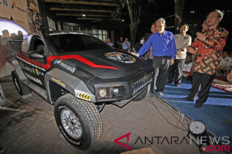 Sebelum diterjunkan ke Reli Paris-Dakar, mobil listrik mahasiswa RI ini tur Sabang-Merauke