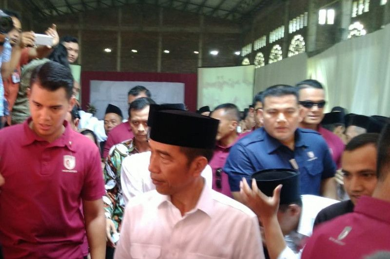 President Jokowi surprised by several hoaxes despite strict legal action