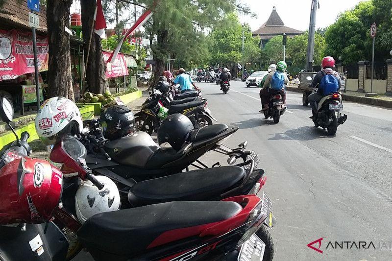 Dishub Semarang: Silakan lapor jika ditarik tarif parkir mahal