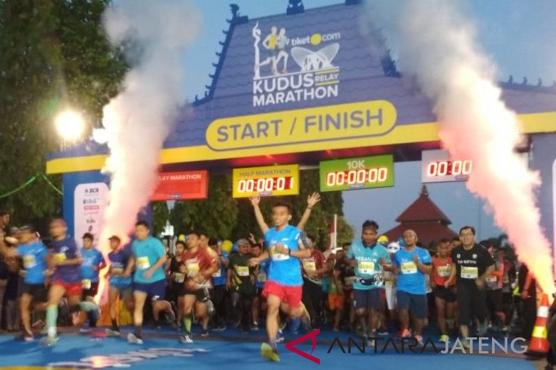 Pelari asal Jawa Timur juara Kudus Relay Marathon 2018