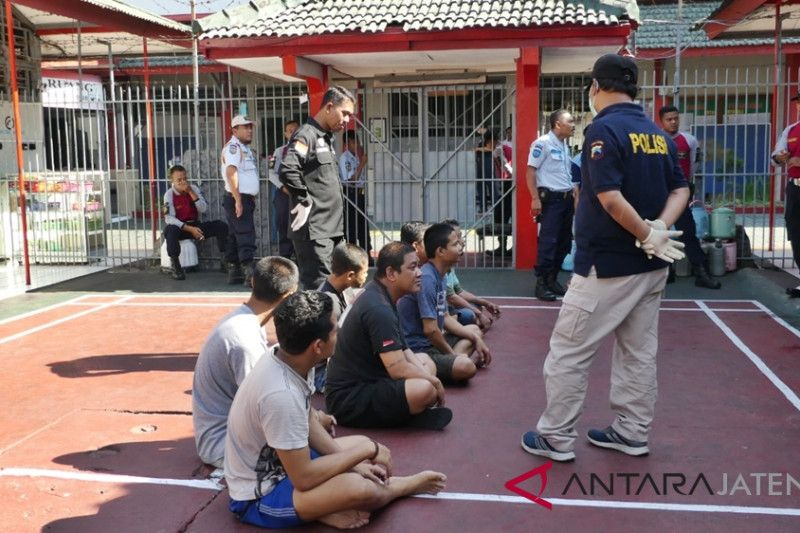 Polda gelar razia narkoba di Rutan Boyolali