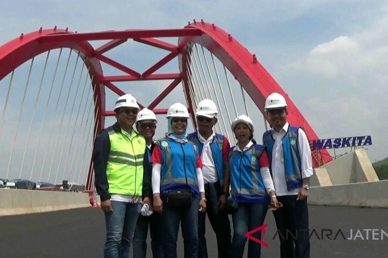 Menteri BUMN jajal jalan tol dengan kecepatan 160 km/jam