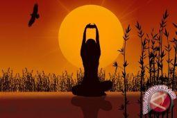 Yoga pada anak bermanfaat melatih konsentrasi