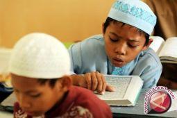 Legisltor: rois dilibatkan dalam pelaksanaan pendidikan karakter