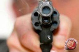 12 orang termasuk polisi tewas dalam penembakan bar di California
