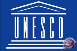 Menlu terima sertifikat UNESCO untuk Pinisi