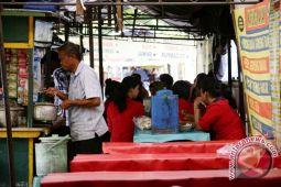 PKL Abu Bakar Ali Yogyakarta tetap bertahan