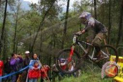 Pebalap sepeda timnas mendapatkan pelajaran berharga di Filipina