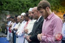 Angela Merkel: Islam milik Jerman