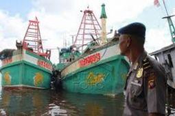 Tiga kapal ikan berbendera Vietnam ditangkap KKP