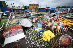 Yogyakarta mulai pekerjaan pemulihan alun-alun utara pascasekaten