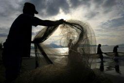 Nelayan Pantai Depok mulai melaut
