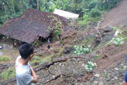 Kulon Progo keluarkan status tanggap darurat bencana