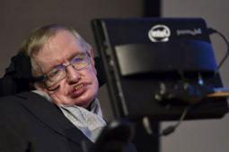 Suara Stephen Hawking akan dipancarkan ke luar angkasa