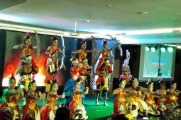 BUMN HADIR - Tarian tradisional Yogyakarta-Kalteng buka SMN di Yogyakarta (Video)