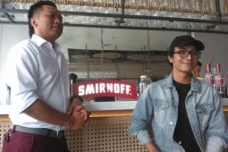 Smirnoff hadirkan MIX IT UP kolaborasikan DJ dan bartender