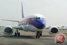 Arus penumpang di Bandara Adisutjipto normal