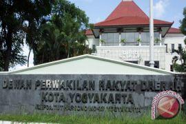 Legislatif kritisi PAD Yogyakarta masih rendah