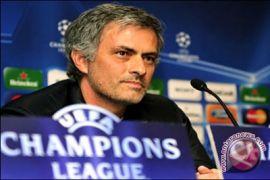 FA dakwa Mourinho karena ucapkan kata-kata kasar