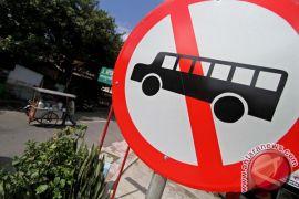 Bis dilarang lewat