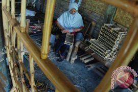 Kerajinan interior bambu
