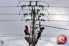 PLN minta pemasangan alat peraga kampanye jauhi jaringan listrik