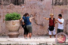 Kunjungan wisatawan Tamansari