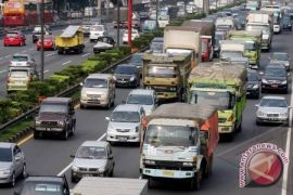 Bus dan truk dilarang melintas Jalan Kabupaten