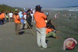 SAR Gunung Kidul imbau wisatawan waspadai ubur-ubur