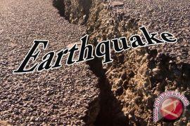 Gempa 5,7 SR guncang  Manado
