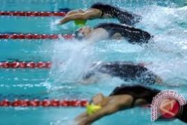 64 atlet ikuti kejuaraan nasional renang indah