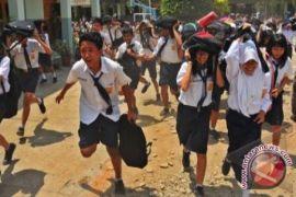 Ratusan siswa Bantul ikuti simulasi gempa bumi