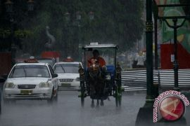 Masyarakat Gunung Kidul diingatkan waspadai cuaca ekstrem