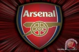 Arsene Wenger mengkritik penundaan VAR di Liga Inggris